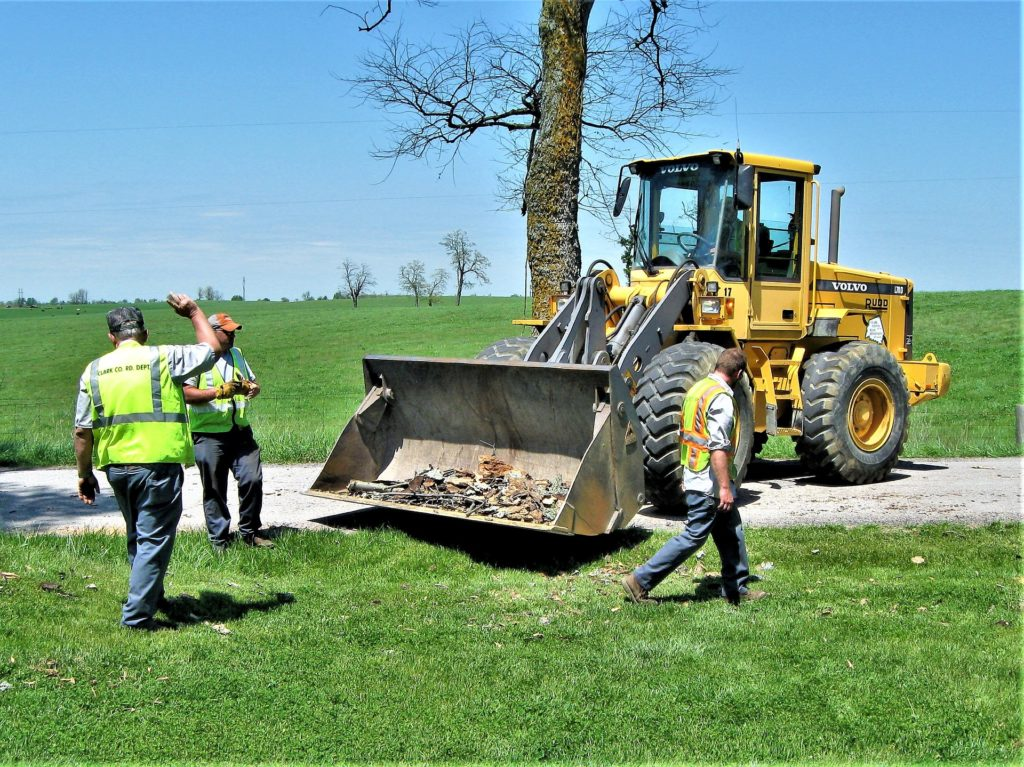 image of kentucky bulldozer crew